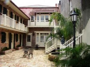 WEB-Courtyard