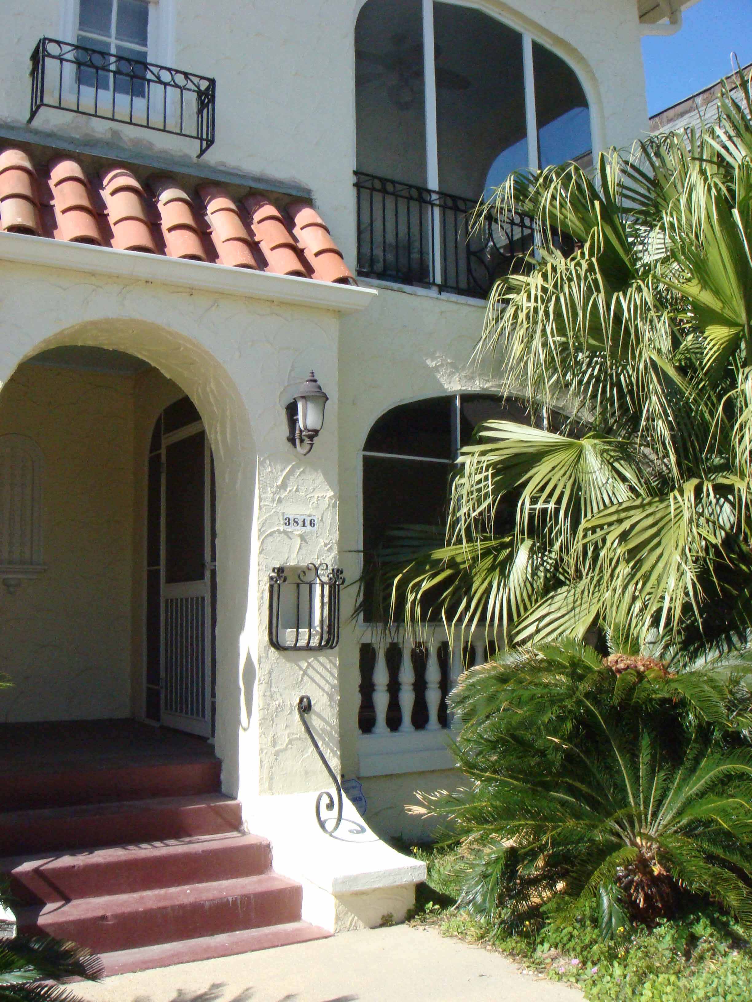 ext.entryway,craigslist - New Orleans Condo LeasingNew ...